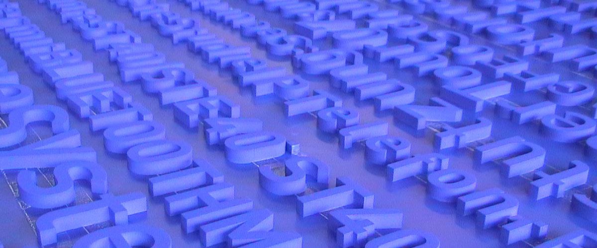 Kunststofflackierung Buchstaben